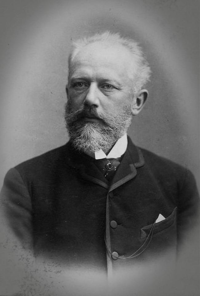 "Pyotr Ilyich Tchaikovsky-""Liqeni mjellmave"", Baleti Kirovit"