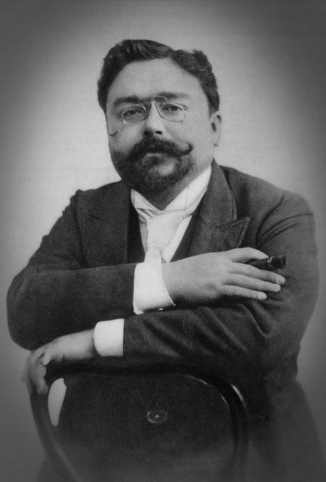 "Isaac Albeniz-""Iberia"", pianist Rafael Orozco"