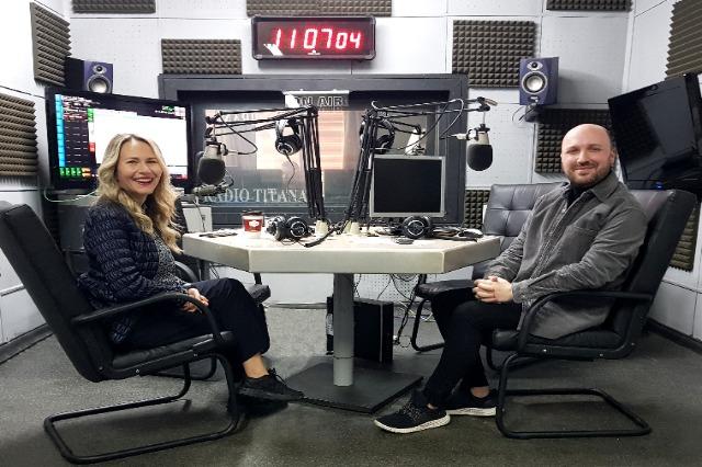 Anuela Ristani e ftuar në Radio Tirana 1