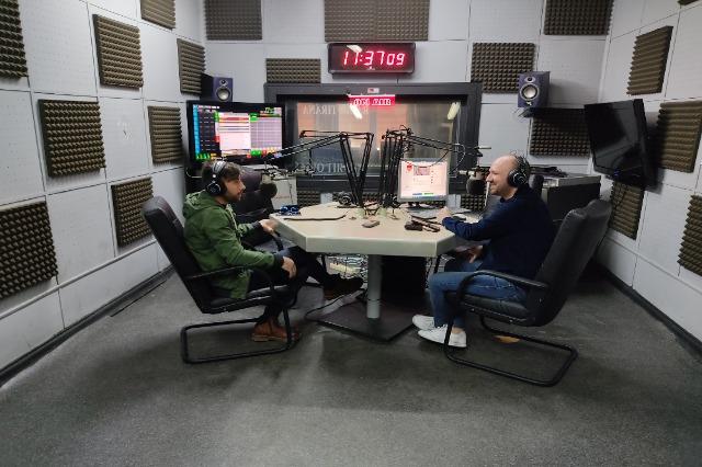 """I ftuar """"NË RADIO"""" pastiçieri shqiptar në Venecia, Selam Allaraj"""